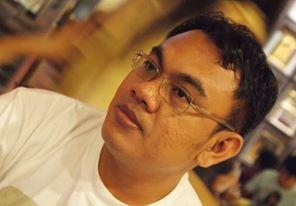 Husendro Hendino: Pernah bekerja sebagai Tenaga Ahli (Expert Staff) di Dewan Perwakilan Rakyat Republik Indonesia